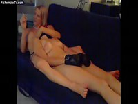 Blonde tgirl chilling naked with her friends