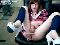 Nerdy Tranny playing with her dick