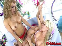 Hot MILF gets her soaking pussy nailed hard by well hung tranny
