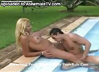 Shemale trades oral favors with a hunk while tanning