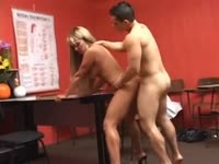 Built gym rat slamming stunning mature shemale babe Dayane Callegare anally in his office