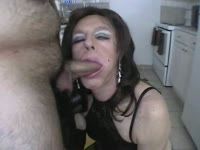 Dick loving mature tranny slut Diannexxxcd showing off her cock sucking skills on a wanting guy